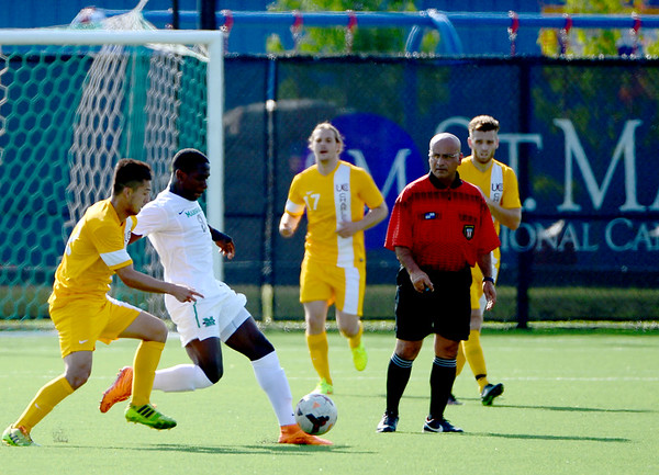 Men's soccer-UC-2015-MarilynTesterman-Haye