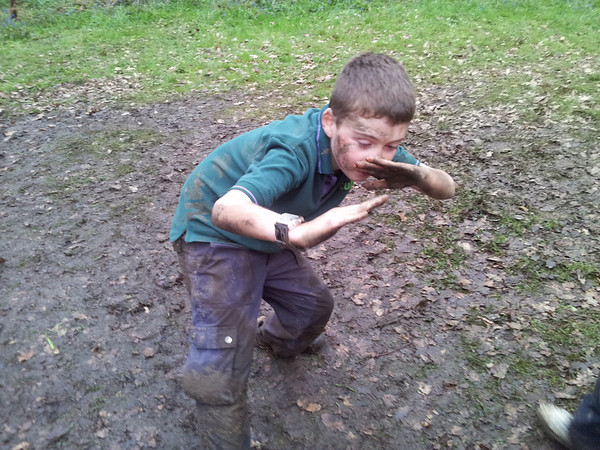 Rikki & Chil Wide Games At Frylands Wood