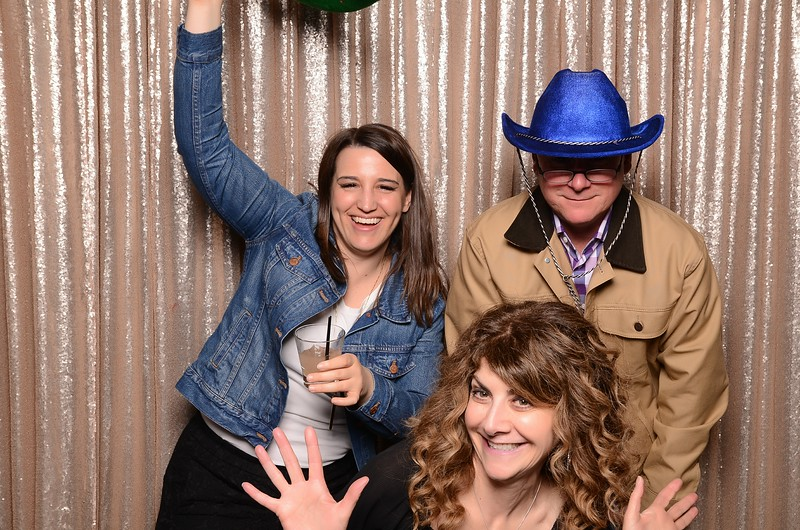 20180324_MoPoSo_Seattle_Photobooth_Number6Cider_Thoms50th-238.jpg
