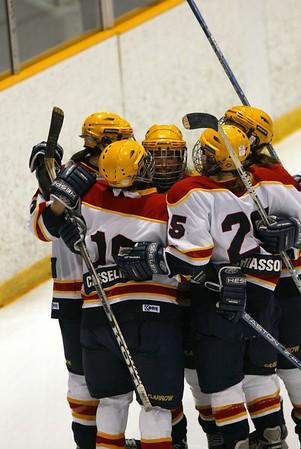 Women's Hockey - Queen's vs. Laurier - 2004 OUA Championship 20040307