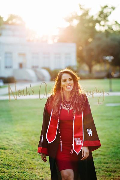 Leslie Flores   Graduate