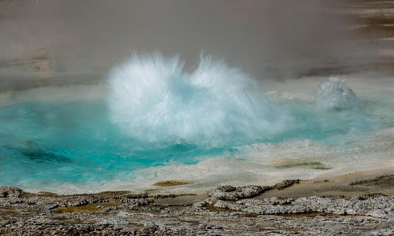 geyser-basin-2-2.jpg
