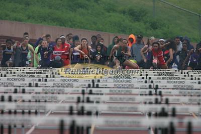 Prelims 100M Hurdles Girls - 2015 MHSAA T&F Finals LP D1