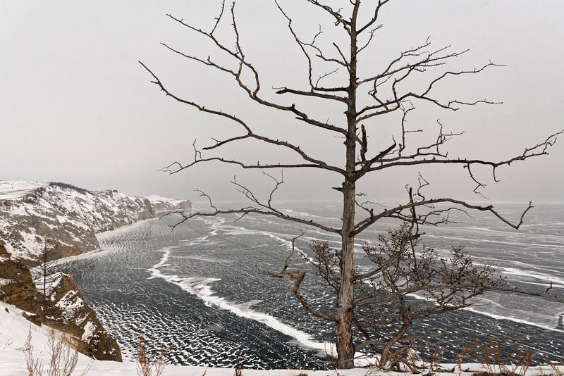 Uzuri village on Olchon Island - the gateway to cross Lake Baikal