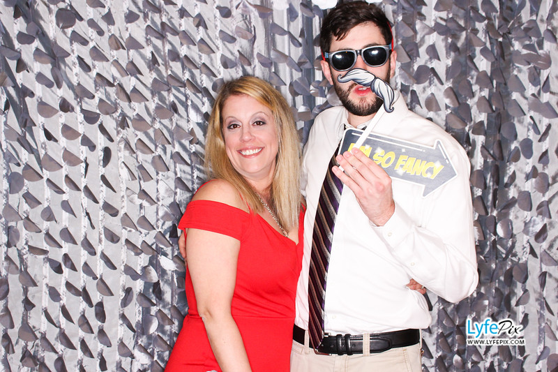 red-hawk-2017-holiday-party-beltsville-maryland-sheraton-photo-booth-0158.jpg
