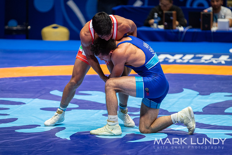 Champ. Round 2: Malik Michael Amine (SAN MARINO) over Brandon Disair Diaz Ramirez (MEXICO)  •  Dec 13-6 - 2019 World Championships