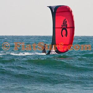 Kitesurfing around 70th street 080207