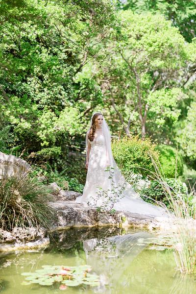 Christine_Bridal_Portraits_Zilker_Botanical_Garden_Austin_TX-7.jpg