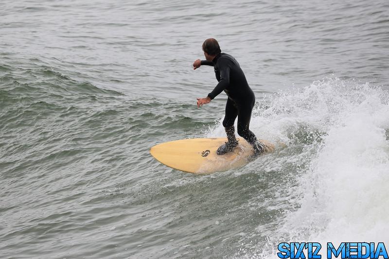 Gladstones Surf-30.jpg