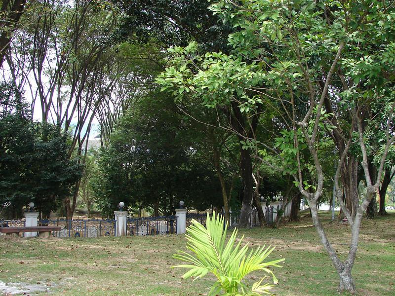 Sultan Salahuddin Abdul Aziz Mosque, known as The Blue Mosque in Shah Alam Malaysia (38).JPG