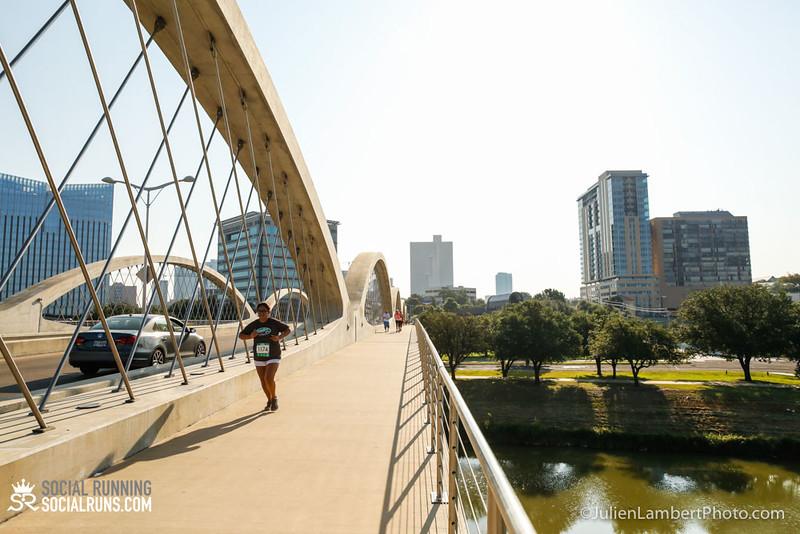 Fort Worth-Social Running_917-0319.jpg