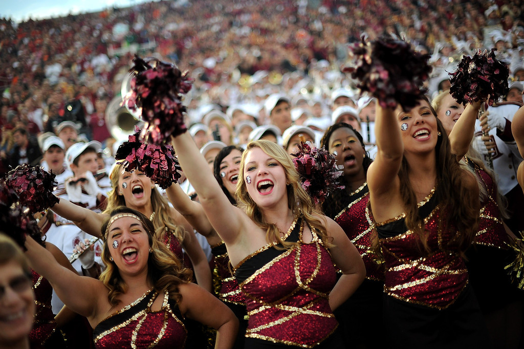 . Florida State cheerleaders get the crowd going prior to the start of the 2014 Vizio BCS National Championship January 6, 2014 in Pasadena CA.(Andy Holzman/Los Angeles Daily News)