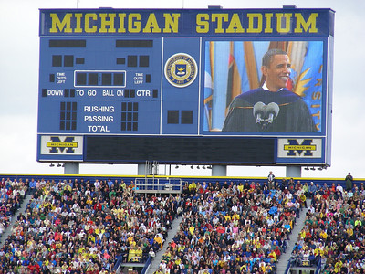 President Obama Ba-rocks the BIG HOUSE