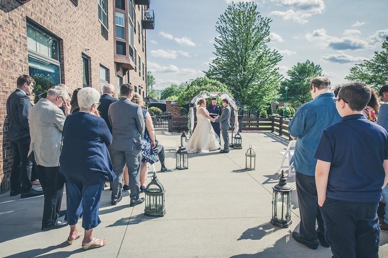 Beloit-WI-Ironworks-hotel-Wedding-Photographere_m_52.jpg