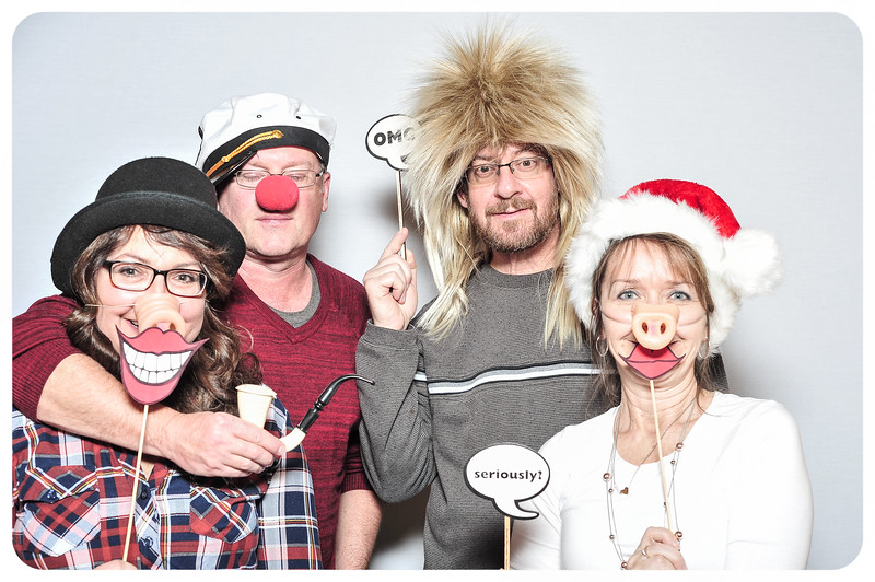 WDTN-TV-Holiday-Photobooth-25.jpg