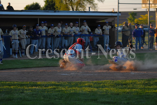 05-21-15 Sports Bryan vs Wauseon Dist BB