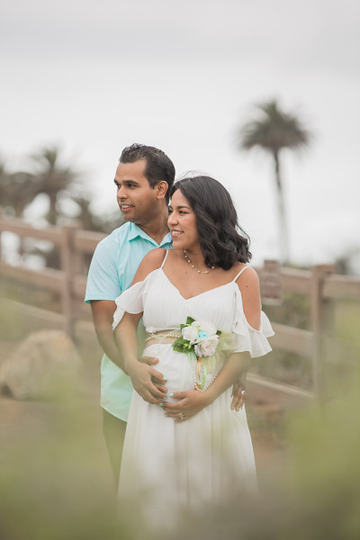 Maternity Shoot-1107.jpg