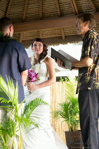 117__Hawaii_Destination_Wedding_Photographer_Ranae_Keane_www.EmotionGalleries.com__140705.jpg
