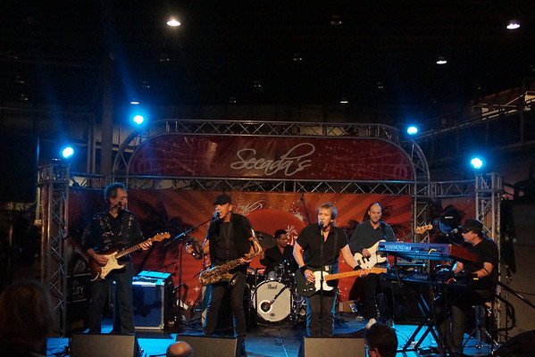 2013 JOHN CAFFERTY AND THE BEAVER BROWN BAND
