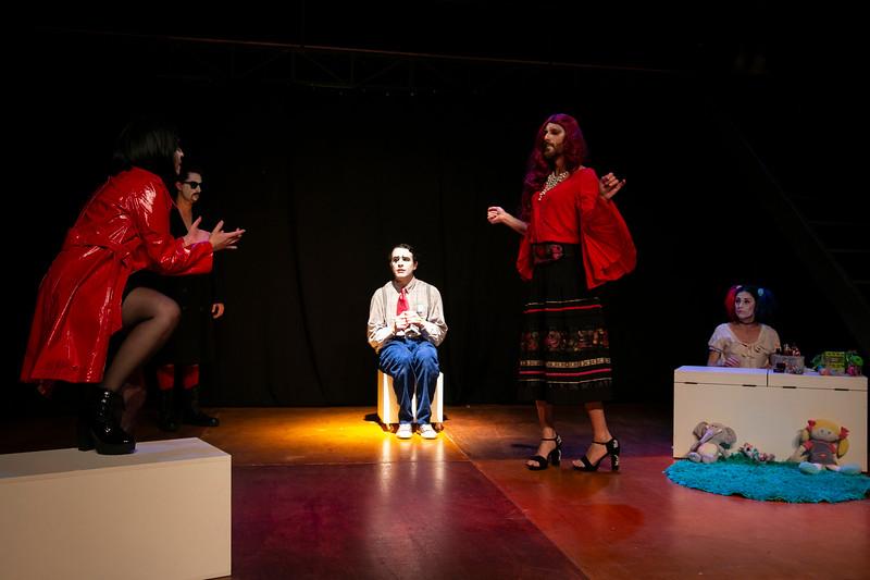 Allan Bravos - essenCIA Teatro - Persona 07-371.jpg