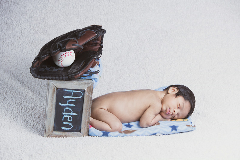baby-ayden-new-born-portrait_0049.jpg
