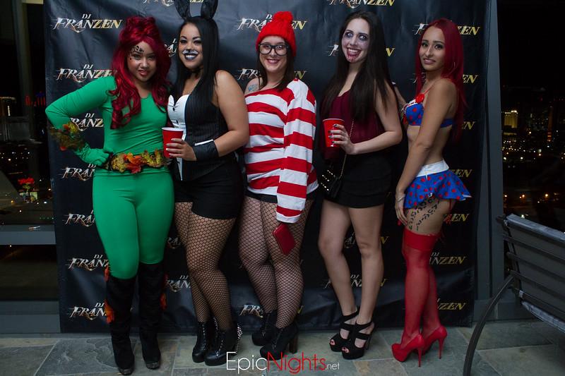 103013 Halloween Suite Party-6611.jpg