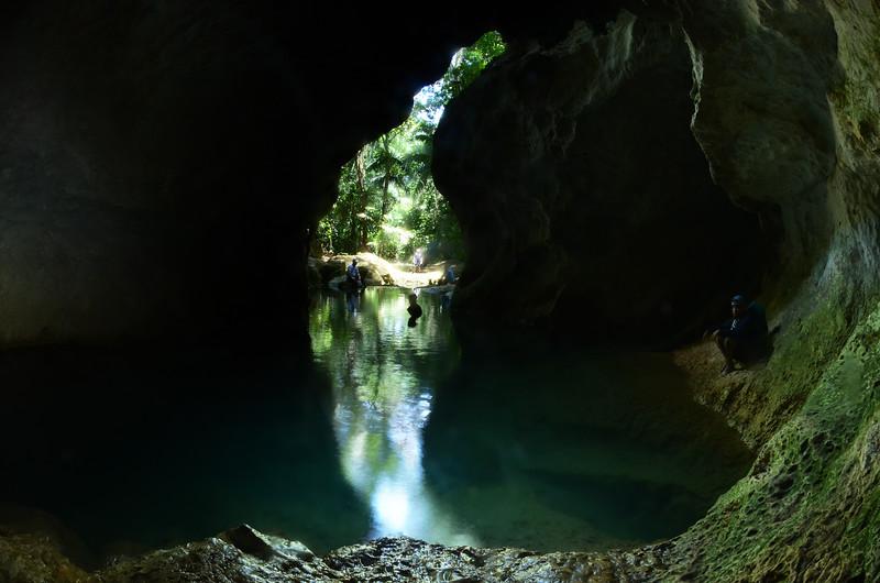 insidecave2.jpg