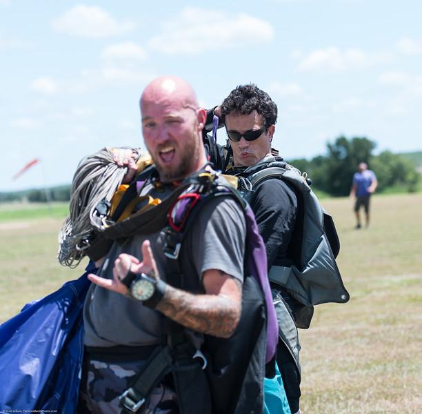 SkydivingEdited-23.jpg