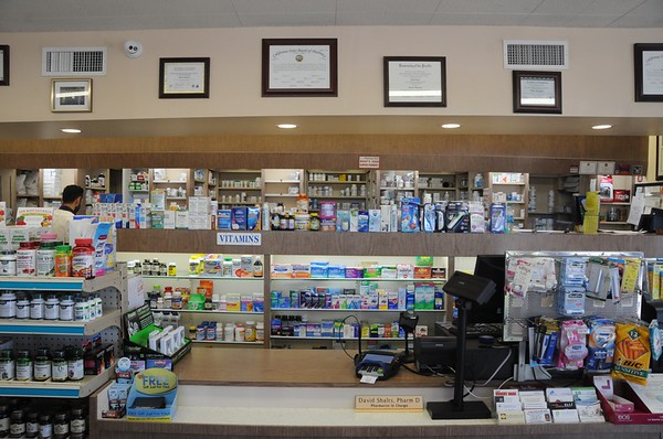 GLENOAKS PHARMACY