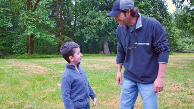 Casey gets a visit by Luke Perry