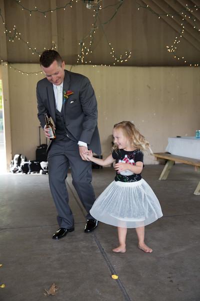bap_schwarb-wedding_20140906160700PHP_0471
