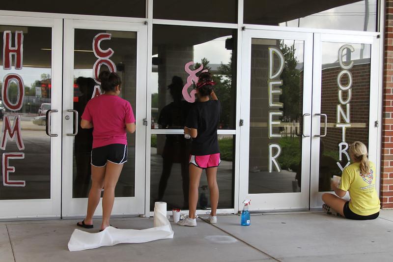 Deer Park vs Pasadena Trojans-Paint the  town 2011- 2012 156.jpg
