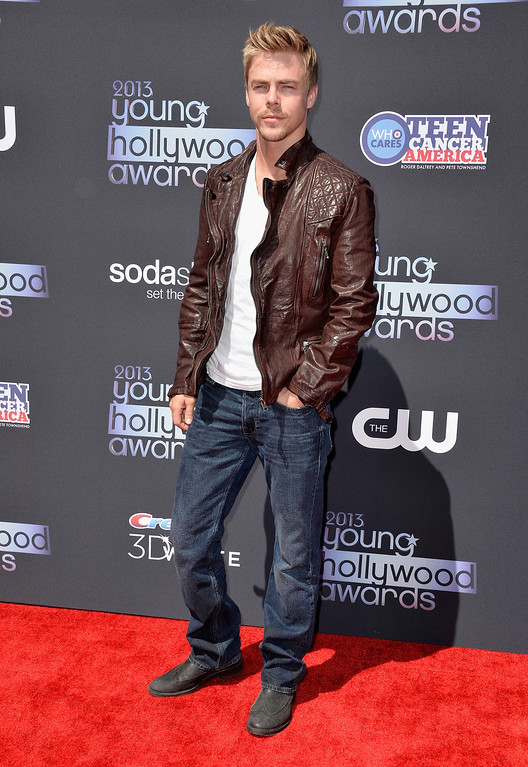 . SANTA MONICA, CA - AUGUST 01: TV personality Derek Hough attends CW Network\'s 2013 2013 Young Hollywood Awards presented by Crest 3D White and SodaStream held at The Broad Stage on August 1, 2013 in Santa Monica, California.  (Photo by Frazer Harrison/Getty Images)