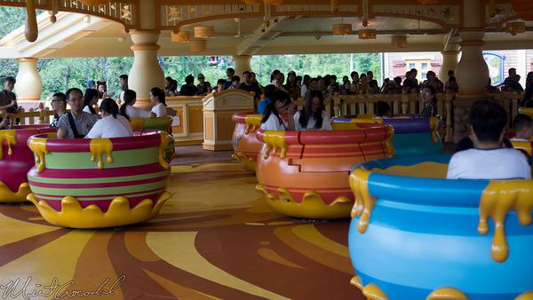 Shanghai Disneyland, Shanghai, Disneyland, Fantasyland, Many Adventures of Winnie The Pooh, Adventures, Winnie, Pooh, Hunny Pot Spin, Hunny, Pot, Spin, Tea Cups