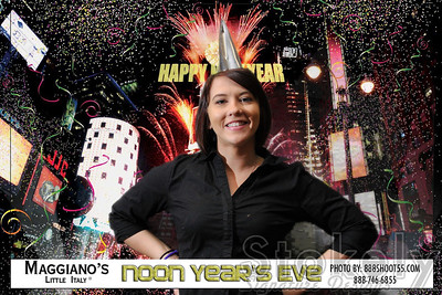 Maggiano's Noon Year's Eve