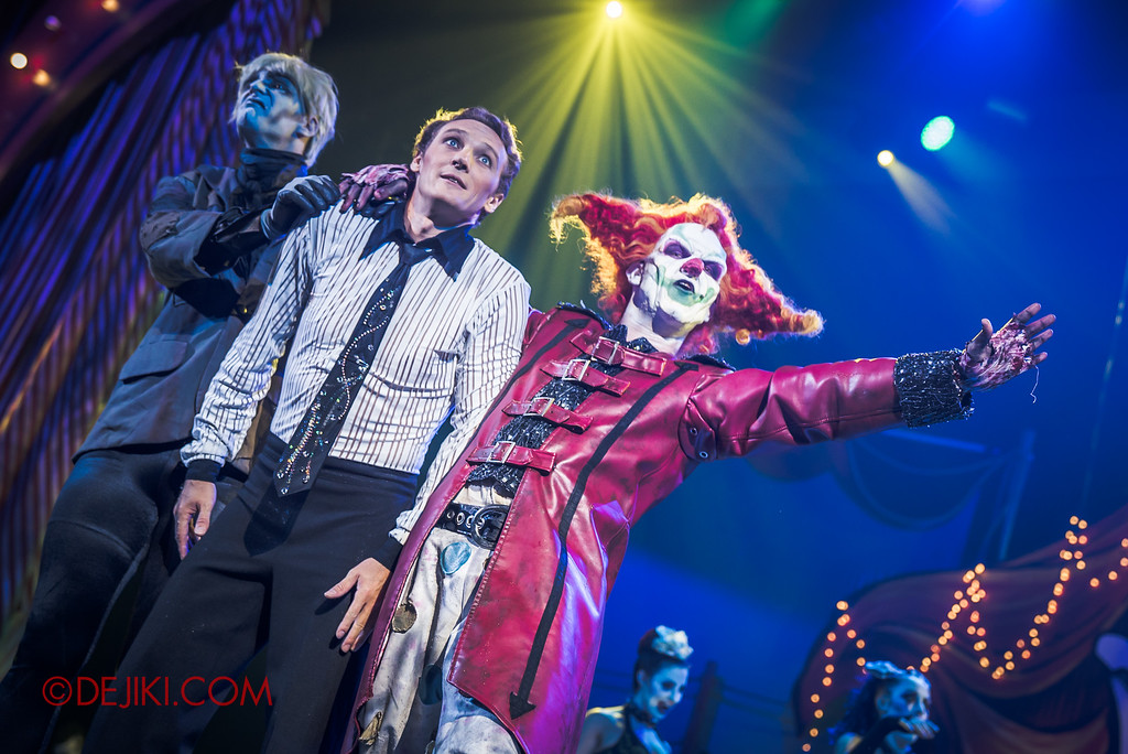 Halloween Horror Nights 6 - Jack's Recurring Nightmare Circus / Jack offers Mikhail a spot for One Trick Pony's Nightmare Circus