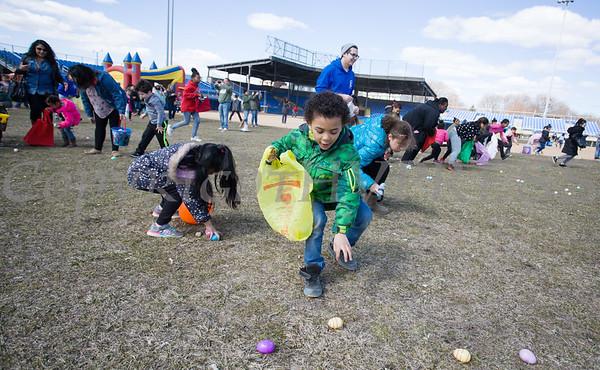 Easter Egge Hunt Newburgh Activity Center