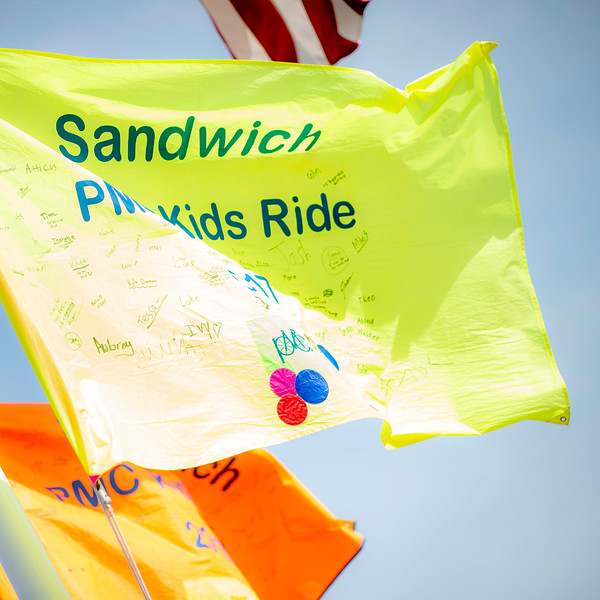 127_PMC_Kids_Ride_Sandwich.jpg