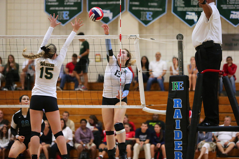 Ransom Everglades Volleyball Smoothie King 2013 20.jpg