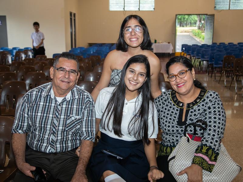 2019.11.28 - Misa Acción de Gracias Seniors 2019 Colegio Teresiano (3).jpg