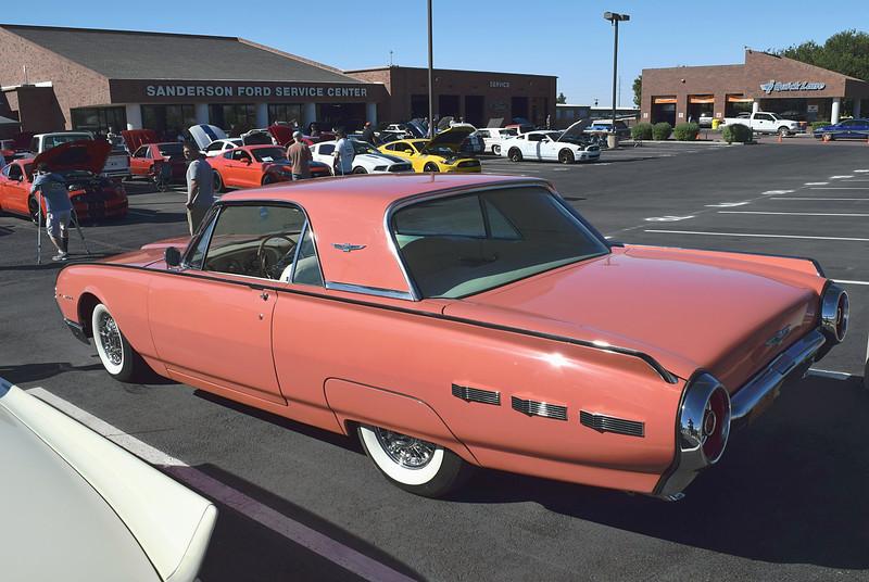 Ford 1962 Thunderbird rr lf.JPG