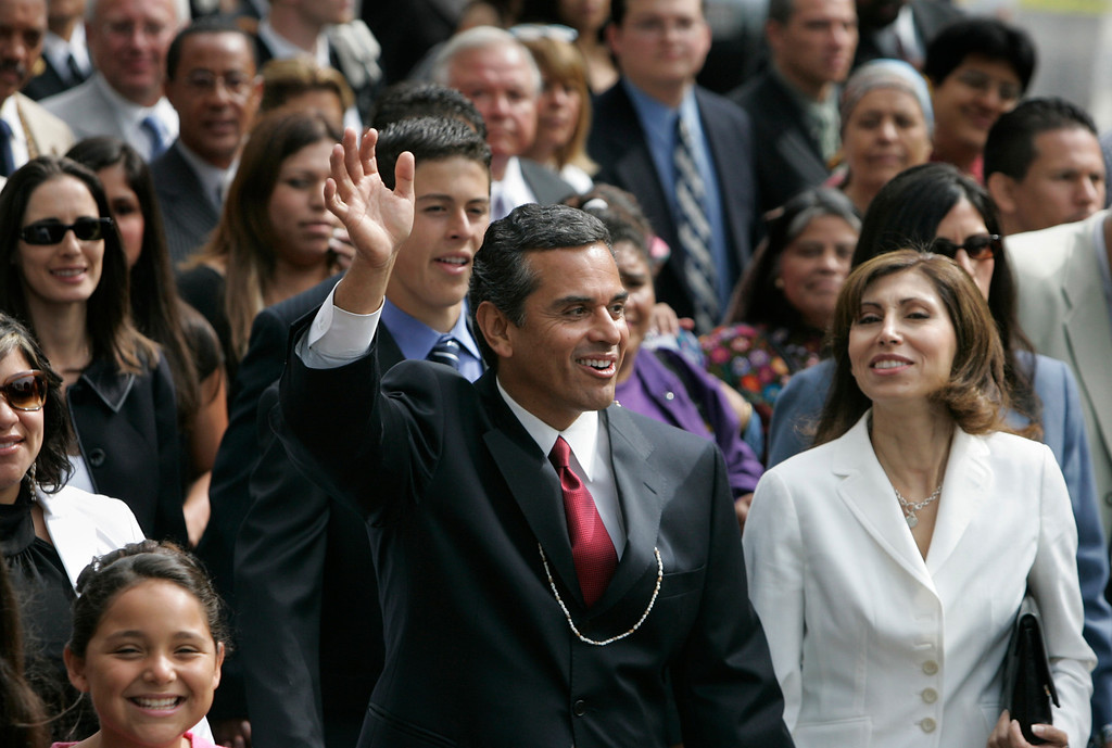 . 7/1/05-LOS ANGELES- Antonio Villaraigosa was inaugurated as Mayor of the city of Los Angeles Friday, with a procession from the Cathedral of Our Lady of Angels to City Hall. He was sworn in by Justice Stephen Reinhardt, from the United States Court of Appeals for the Ninth Circuit, with his wife Corina by his side.  (Los Angeles Daily News file photo)