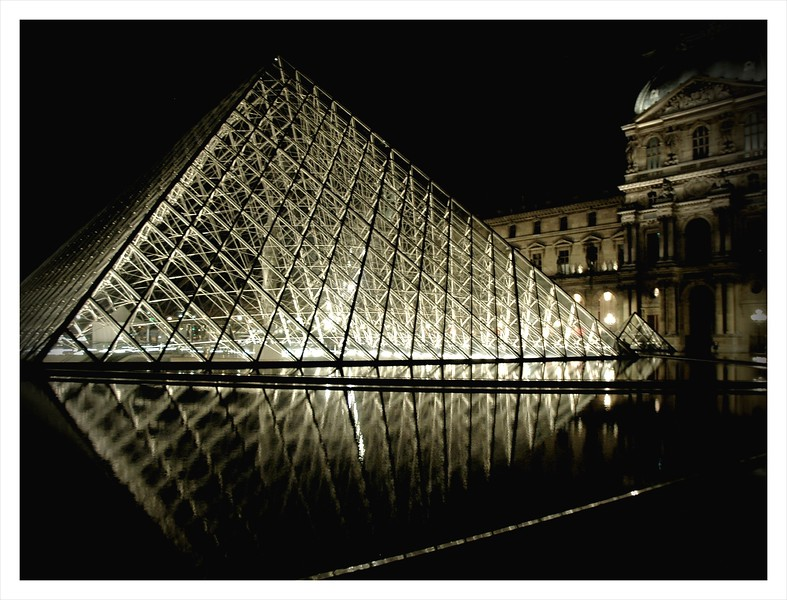 The Louvre at Night.JPG