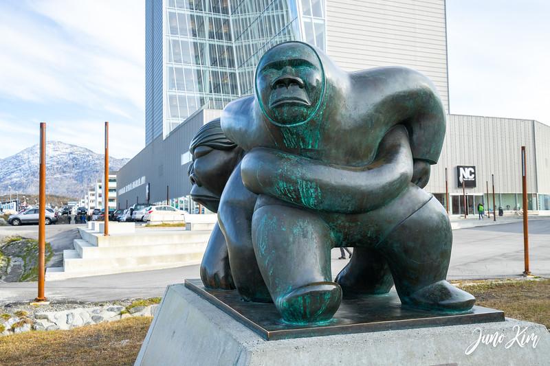 Kaassassuk sculpture