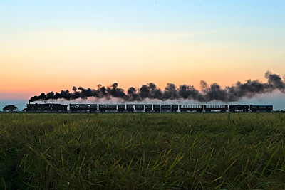 Class YD 2-8-2 967 Mixed train 85 at dusk between Thaton and Mottama