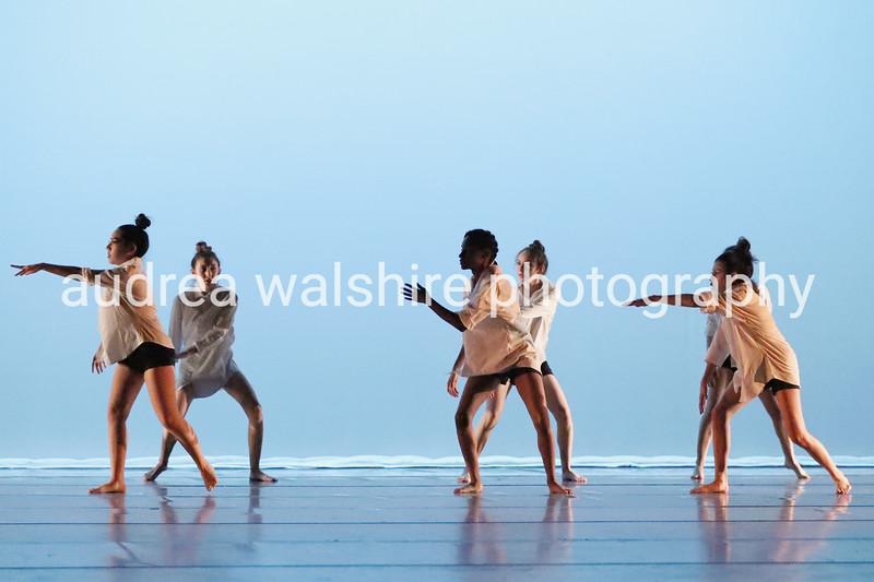 2019_11_20_IMG_D1D2_NowYouKnow_Winter_Dance (12).JPG