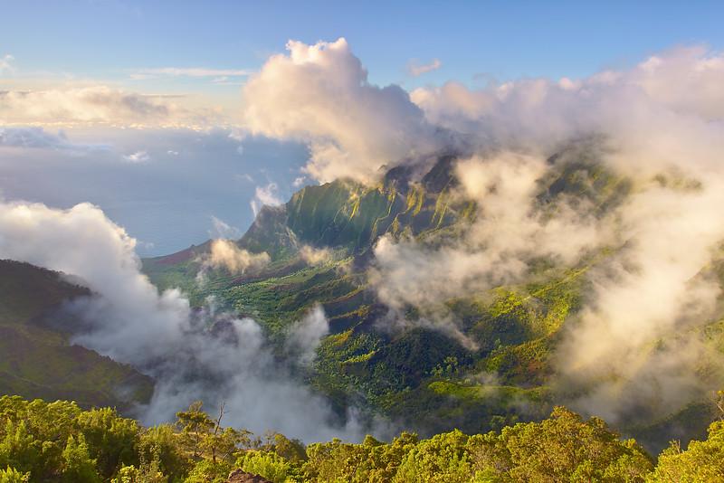 Valey of Mist - Kalalau, Kauai, Hawaii
