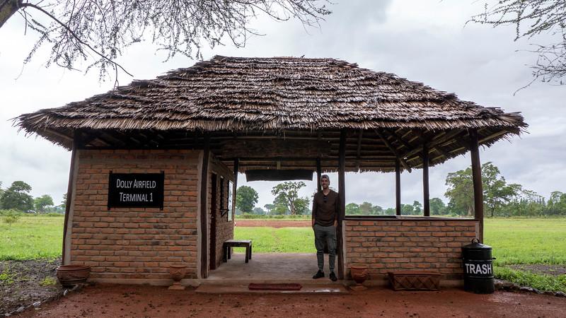 Tanzania-Arusha-Dolly-Airfield-02.jpg