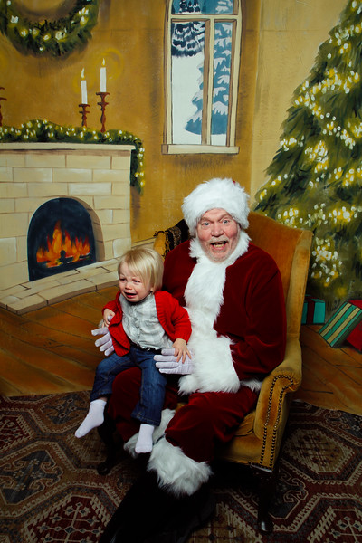 Pictures with Santa Earthbound 12.2.2017-070.jpg