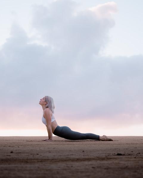 IG - Hawaii - Madeleine Russick - Yoga-328.jpg